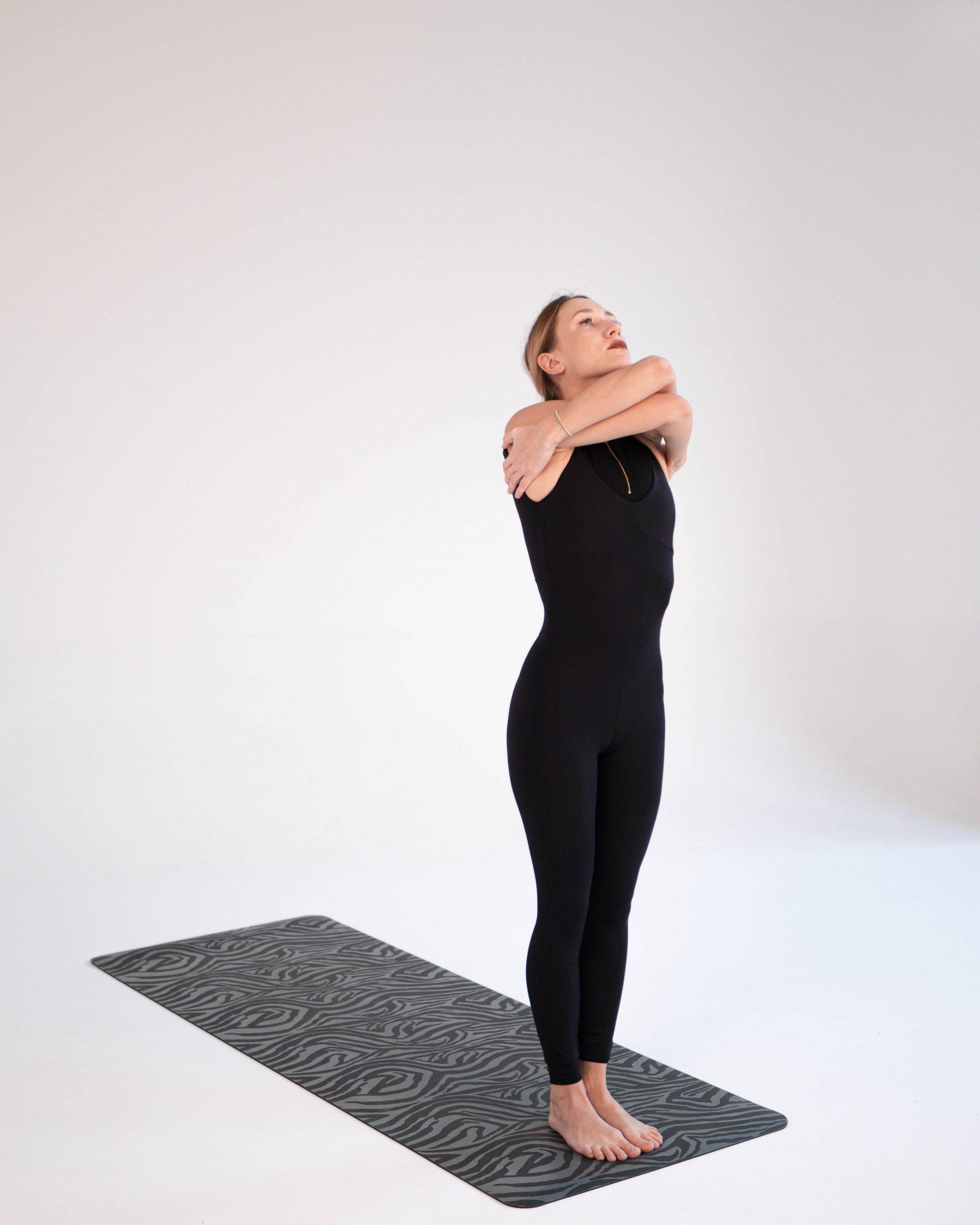 Anti-age yoga: FACE and BODY photo №0